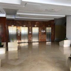 Отель Los Verdiales Торремолинос интерьер отеля