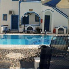 Отель Roula Villa Греция, Остров Санторини - отзывы, цены и фото номеров - забронировать отель Roula Villa онлайн бассейн
