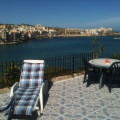 Отель Akwador Guest House Мальта, Марсаскала - отзывы, цены и фото номеров - забронировать отель Akwador Guest House онлайн спортивное сооружение