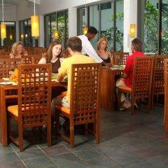 Отель Mermaid Hotel & Club Шри-Ланка, Ваддува - отзывы, цены и фото номеров - забронировать отель Mermaid Hotel & Club онлайн питание