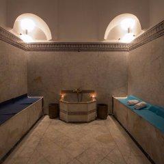 Отель Palais d'Hôtes Suites & Spa Fes Марокко, Фес - отзывы, цены и фото номеров - забронировать отель Palais d'Hôtes Suites & Spa Fes онлайн бассейн фото 2