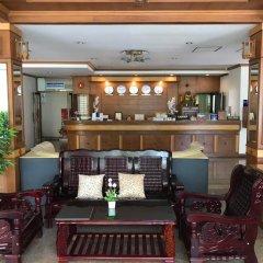 Отель Krabi Golden Hill Hotel Таиланд, Краби - отзывы, цены и фото номеров - забронировать отель Krabi Golden Hill Hotel онлайн гостиничный бар