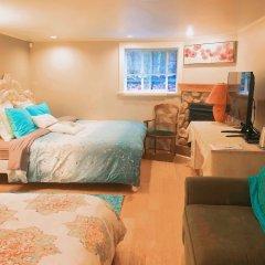 Отель The Sunshine House by Elevate Rooms Канада, Ванкувер - отзывы, цены и фото номеров - забронировать отель The Sunshine House by Elevate Rooms онлайн комната для гостей фото 5