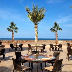Отель Sheraton Sharjah Beach Resort & Spa фото 2