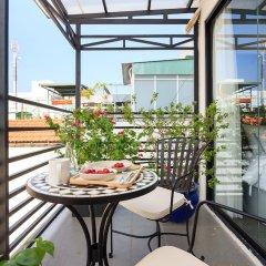 Отель La Regatta Boutique Residences балкон