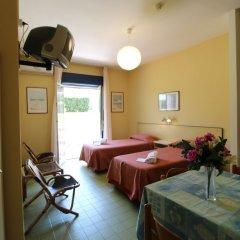 Отель Residence Villa Giardini Джардини Наксос сейф в номере