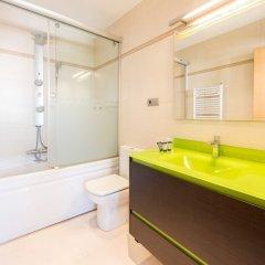 Отель Palacio de Líria City Center Мадрид ванная фото 2
