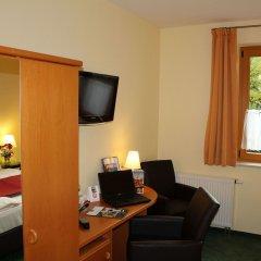 Отель Landhotel Dresden удобства в номере фото 2