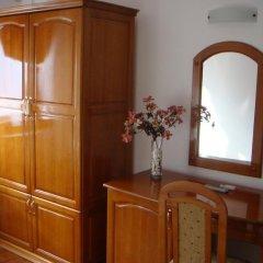 Отель Семеен хотел Елеганс Велико Тырново удобства в номере фото 2
