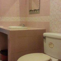 Отель Max-One House ванная