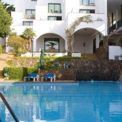 Отель Aparthotel Esquinzo Y Monte Del Mar бассейн