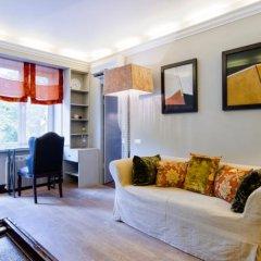 Апартаменты LikeHome Apartments Frunzenskaya комната для гостей фото 2
