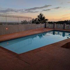 Отель Rockhampton Retreat Guest House бассейн