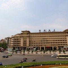 Отель Bell Tower Hotel Xian Китай, Сиань - отзывы, цены и фото номеров - забронировать отель Bell Tower Hotel Xian онлайн парковка
