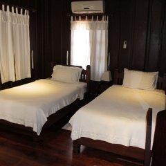 Отель Villa Lao Wooden House комната для гостей фото 4