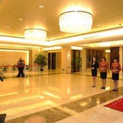 New Continental June House Hotel фитнесс-зал