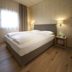 Отель Hells Ferienresort Zillertal Австрия, Фюген - отзывы, цены и фото номеров - забронировать отель Hells Ferienresort Zillertal онлайн комната для гостей