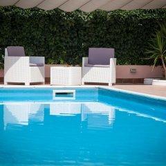 Hotel Master Альбиньязего бассейн