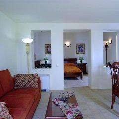 Отель Adamis Majesty Suites Греция, Остров Санторини - отзывы, цены и фото номеров - забронировать отель Adamis Majesty Suites онлайн комната для гостей фото 3