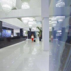 King Evelthon Beach Hotel & Resort интерьер отеля