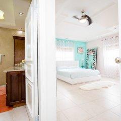 Отель Sparkle Luxury Ямайка, Кингстон - отзывы, цены и фото номеров - забронировать отель Sparkle Luxury онлайн ванная