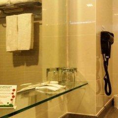 Отель Chancellor@Orchard Сингапур, Сингапур - отзывы, цены и фото номеров - забронировать отель Chancellor@Orchard онлайн ванная