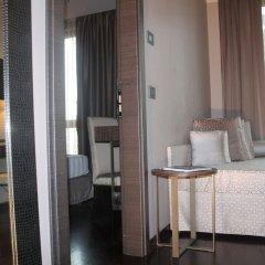 Отель Uptown Palace Италия, Милан - 10 отзывов об отеле, цены и фото номеров - забронировать отель Uptown Palace онлайн балкон