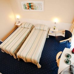 Ramada Donetsk Hotel Донецк комната для гостей