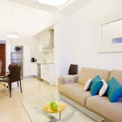Habitat Suites Gran Vía 17 Hotel комната для гостей