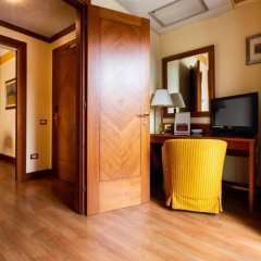 Отель Il Chiostro Италия, Вербания - 1 отзыв об отеле, цены и фото номеров - забронировать отель Il Chiostro онлайн удобства в номере фото 2