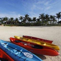 Отель Crimson Resort and Spa Mactan Филиппины, Лапу-Лапу - 1 отзыв об отеле, цены и фото номеров - забронировать отель Crimson Resort and Spa Mactan онлайн приотельная территория фото 2