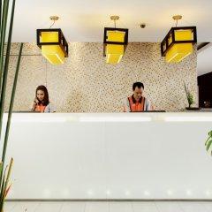 Отель La Flora Resort Patong интерьер отеля
