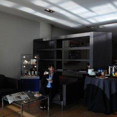 Отель Air Rooms Barcelona Эль-Прат-де-Льобрегат питание