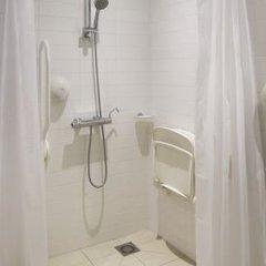 Отель Holiday Inn Express Amsterdam - Sloterdijk Station ванная фото 2