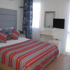 The Corner Hotel комната для гостей фото 2