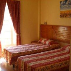 Ambassador Hotel комната для гостей фото 4