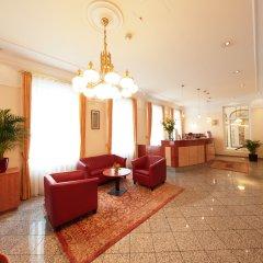Отель Drei Kronen Vienna City Австрия, Вена - 1 отзыв об отеле, цены и фото номеров - забронировать отель Drei Kronen Vienna City онлайн интерьер отеля фото 3