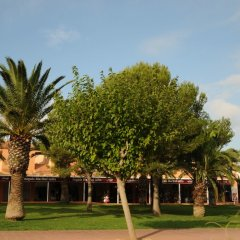 Отель Apartamentos Maribel спортивное сооружение