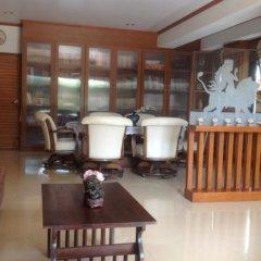 Отель Ruankaew Homestay в номере