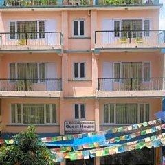 Отель Kathmandu Madhuban Guest House Непал, Катманду - 1 отзыв об отеле, цены и фото номеров - забронировать отель Kathmandu Madhuban Guest House онлайн бассейн
