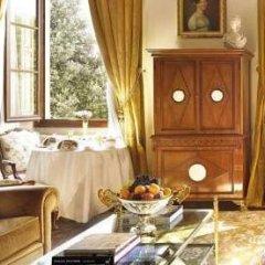 Four Seasons Hotel Firenze 5* Стандартный номер с различными типами кроватей фото 10