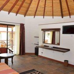 Отель Sentrim Elementaita Lodge Кения, Накуру - отзывы, цены и фото номеров - забронировать отель Sentrim Elementaita Lodge онлайн комната для гостей