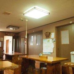 Отель Minshuku Maeakuso Япония, Якусима - отзывы, цены и фото номеров - забронировать отель Minshuku Maeakuso онлайн интерьер отеля фото 3