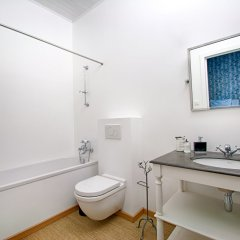 Отель Be&Be Sablon 7 Бельгия, Брюссель - отзывы, цены и фото номеров - забронировать отель Be&Be Sablon 7 онлайн ванная фото 2
