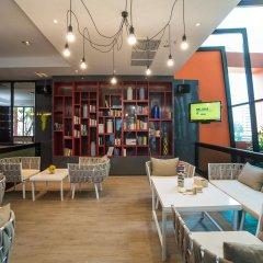Отель Bandara Suites Silom Bangkok развлечения