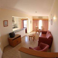 Отель Clube Praia Mar Португалия, Портимао - отзывы, цены и фото номеров - забронировать отель Clube Praia Mar онлайн комната для гостей