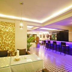 Hue Serene Shining Hotel & Spa гостиничный бар