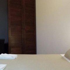 Hotel Poetto сейф в номере