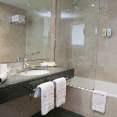 Отель Abba Balmoral Испания, Барселона - 3 отзыва об отеле, цены и фото номеров - забронировать отель Abba Balmoral онлайн ванная фото 2