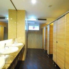 Отель The Bedrooms Hostel Pattaya Таиланд, Паттайя - отзывы, цены и фото номеров - забронировать отель The Bedrooms Hostel Pattaya онлайн ванная фото 2